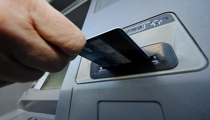ATM'de kart unutma