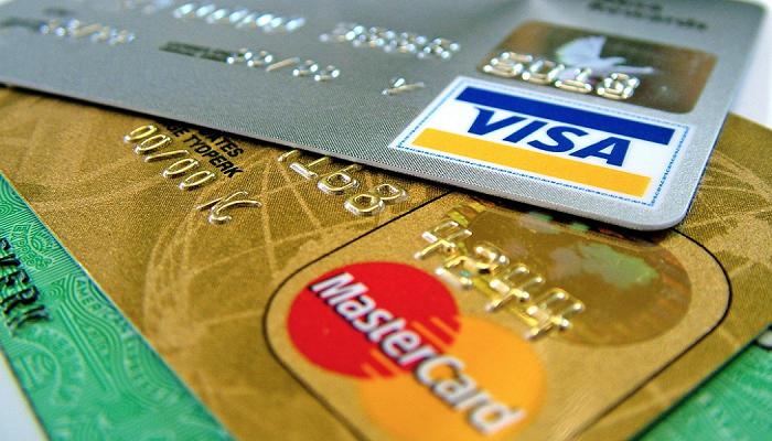 akbank-aidatsiz-kredi-karti-